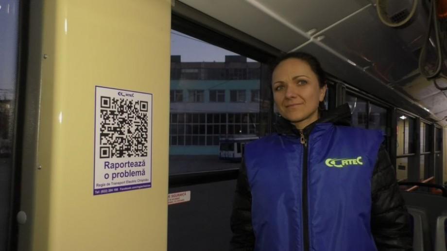 De astăzi, pasagerii troleibuzelor pot sesiza despre problemele din transport cu ajutorul QR coduri