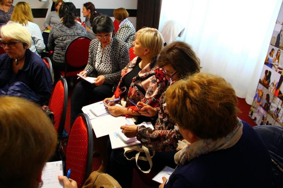 """""""Femeile-lidere pot crea viitorul"""". Academia de Liderism Feminin """"Women 4 Leadership"""" se află la o nouă ediție"""
