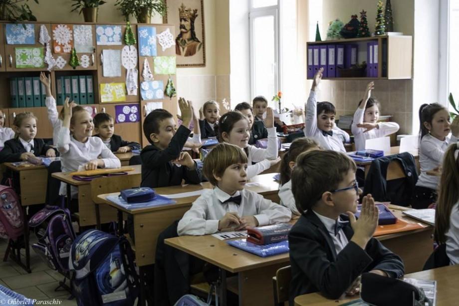 Scrisoare către părinți. Cum o profesoară îndeamnă părinții să-și încurajeze copiii înaintea evaluărilor finale