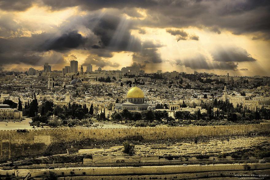 jerusalem-old-city-5c9bd00101a37__880