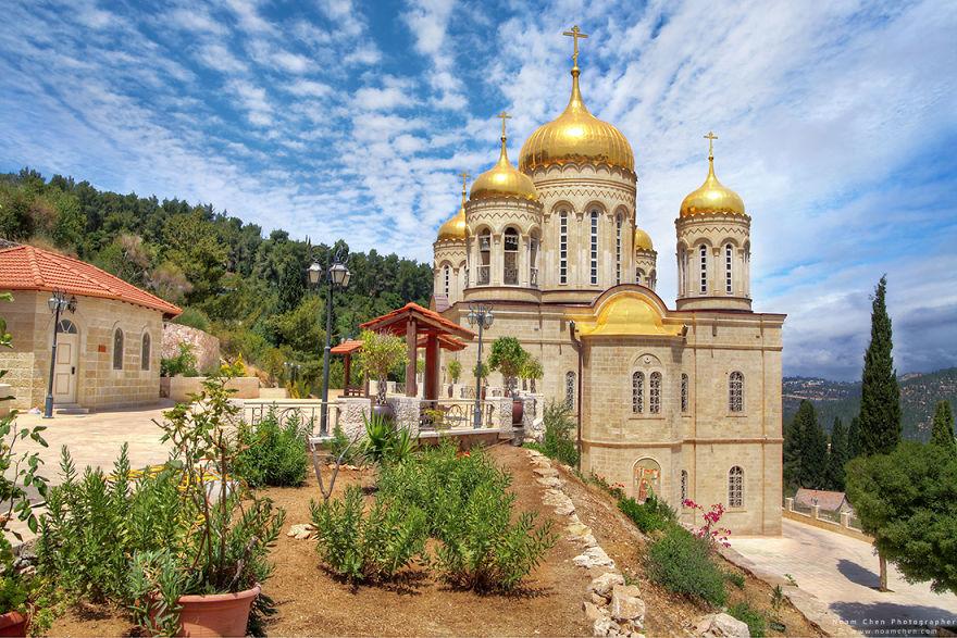 jerusalem-russian-church-5c9bd002e831d__880