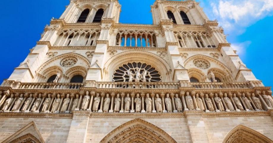 Catedrala Notre-Dame din Paris va fi reconstruită, însă nu va arăta ca anterior. Ce spun specialiștii