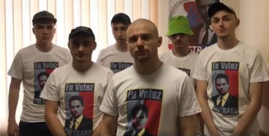 (foto, video) Campanie electorală creativă la un colegiu din Chișinău. Cum își surprind candidații potențialii alegători