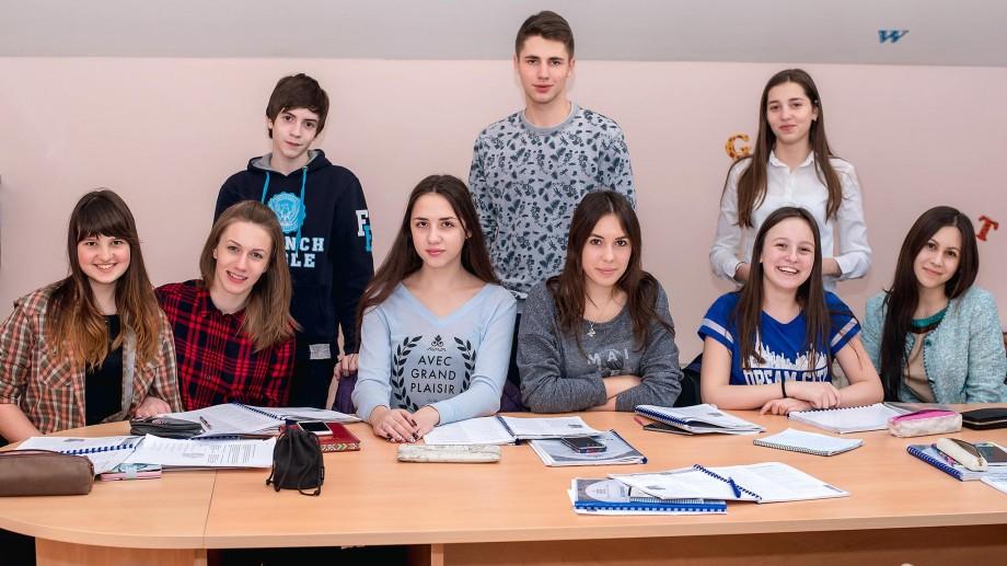 Vrei să-ți îmbunătățești engleza rapid? Înscrie-te pentru cursul intensiv la T.E.S.T. și vei ajunge la următorul nivel într-o lună