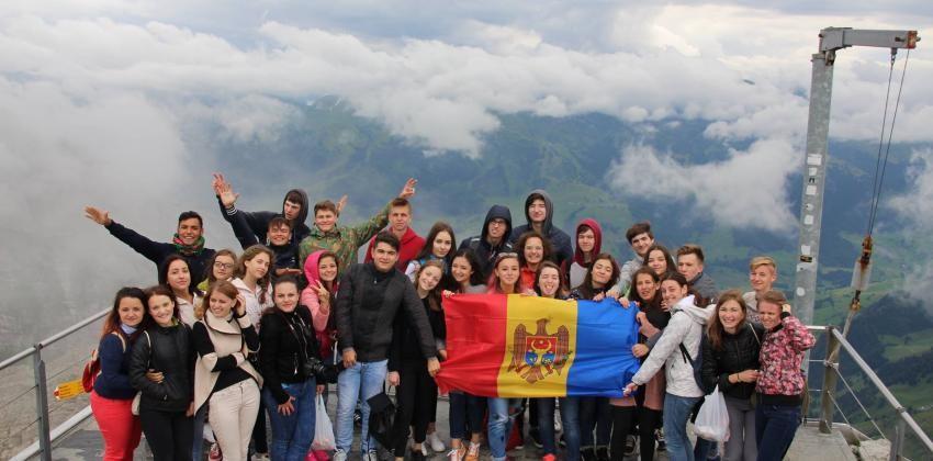 """Vrei să cunoști cultura altor țări? Înscrie-te la schimbul intercultural """"Summer Camp"""" și mergi în Elveția"""