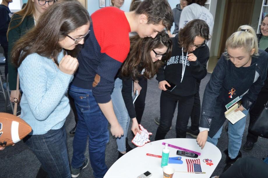 Vrei să faci studii în America? Află cum poți depune dosarul la primul Târg al Universităților din SUA