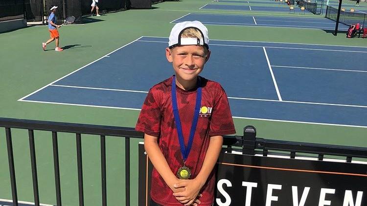 Tânărul tenismen din Moldova, Daniel Boclincă, a câștigat un turneu pentru juniori în SUA