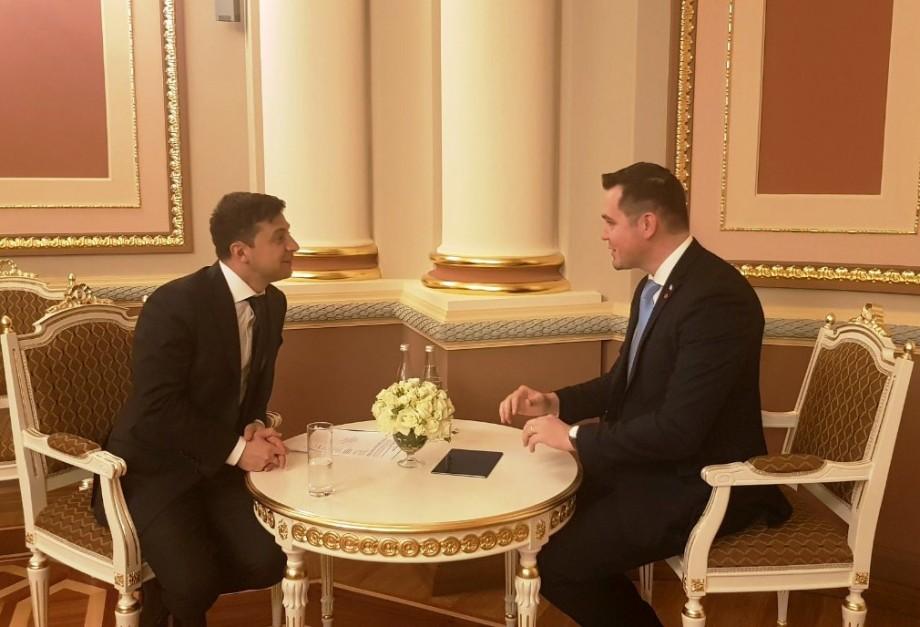 (video) Președintele Ucrainei, Vladimir Zelenski, s-a întâlnit cu ministrul Afacerilor Externe din Moldova