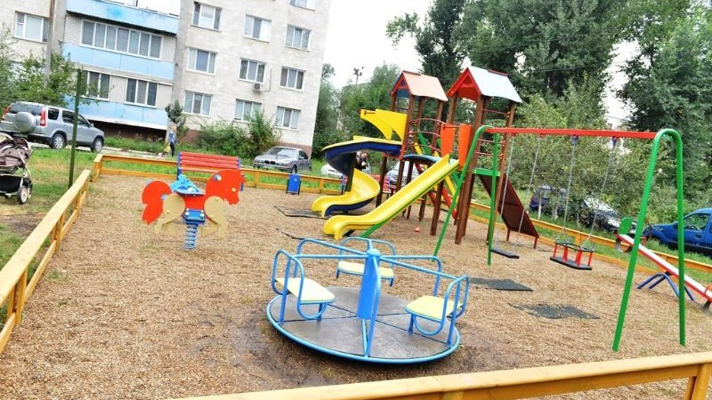 Terenuri de joacă pentru toți copiii din Chișinău. Pe ce străzi urmează să fie amenajate aceste complexuri de agrement