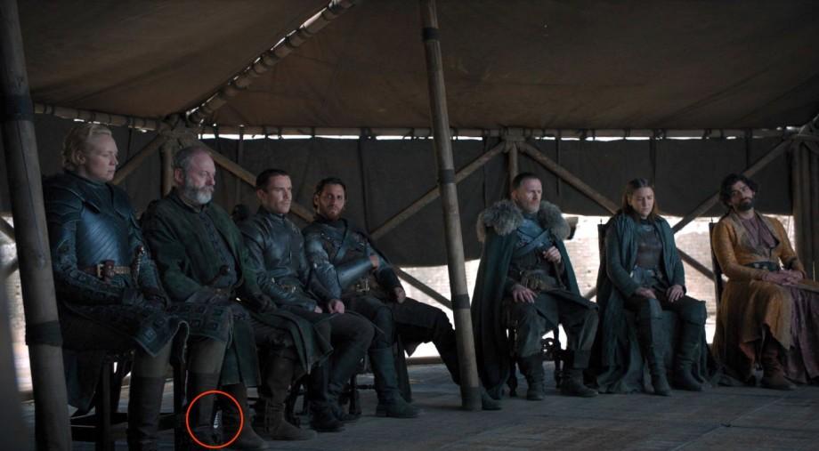 """""""I drink and I know things"""", de data această apă. Mai multe PET-uri au putut fi observate în ultimul episod Game of Thrones"""