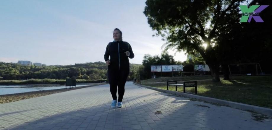"""(video) """" E #COOL să ai un corp frumos și sănătos!"""" Cum Mariana Galben a ajuns să cântărească de la 105kg la 70kg"""