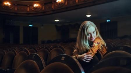 (video) Unde-s tinerii. Cunoaște-o pe Lilia Ceacovschi, tânăra creatoare de modă care și-a înființat brandul ce-i poartă numele