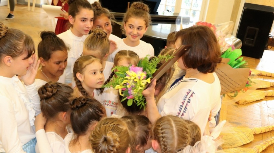 (foto) A fost desemnată cea mai mai bună dirigintă din municipiul Chișinău, pentru anul școlar 2018-2019