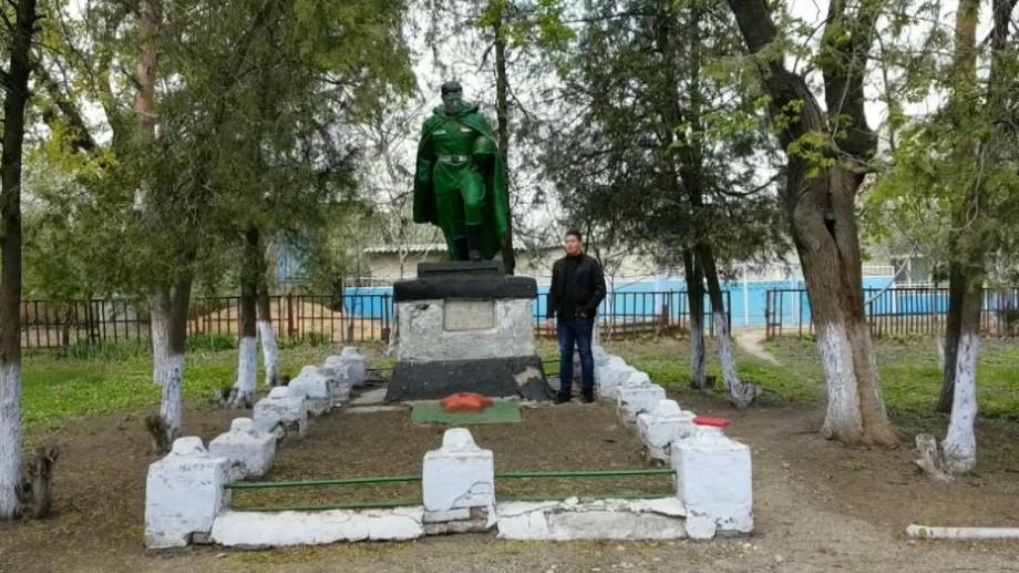 """(video) """"3 minute de istorie"""" despre Monumentul eroului din satul Baimaclia, raionul Cantemir"""