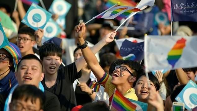 Taiwanul poate deveni prima țară din Asia care ar putea legaliza căsătoriile cuplurilor de același sex