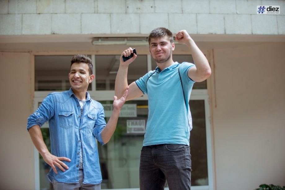 """(galerie foto) BAC 2019: Cu emoții și speranțe, elevii au susținut astăzi examenul la disciplina """"limba străină"""""""