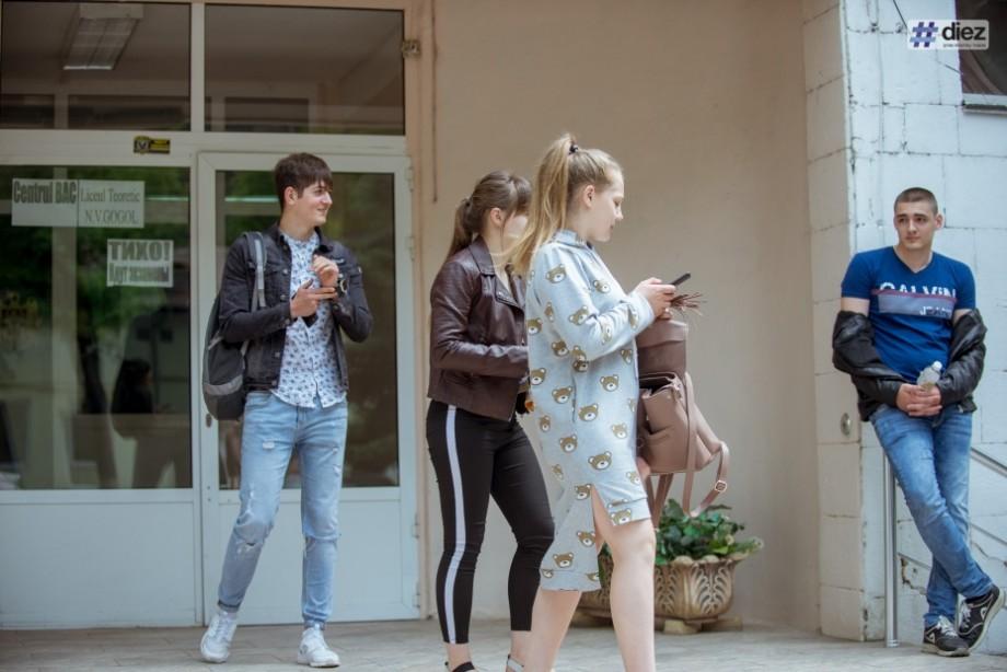BAC 2019: Ce subiecte au avut de rezolvat elevii la Limba franceză
