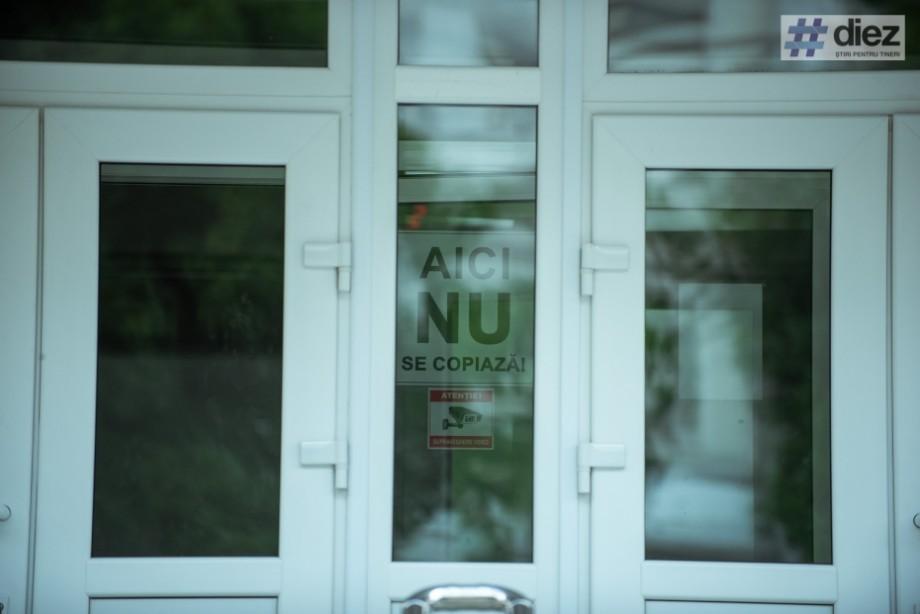 BAC 2019: Un elev a fost eliminat de la examenul la limba de instruire. Ar fi încercat să copieze