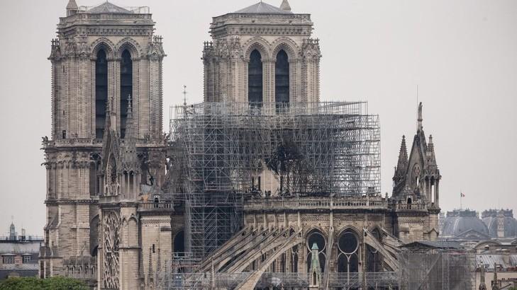 Prima slujbă, după incendiu, va fi oficiată la catedrala Notre-Dame din Paris weekendul viitor