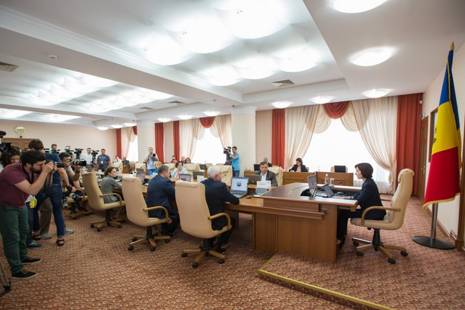 Pentru prima dată în istoria Moldovei, în Guvern vor fi mai multe femei decât bărbați