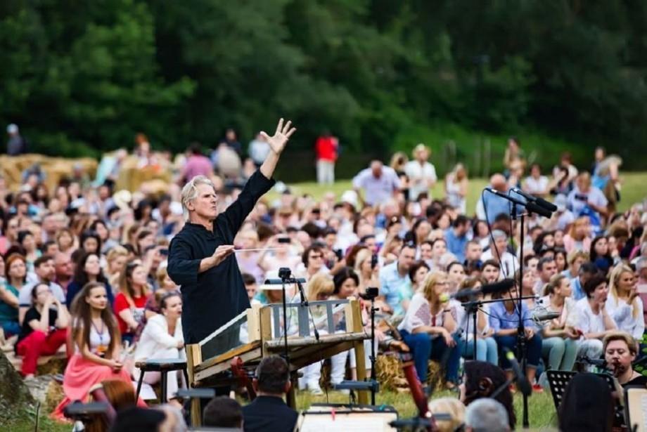 (foto) DescOperă 2019: Satul Butuceni, locul în care muzica clasică va fi la ea acasă