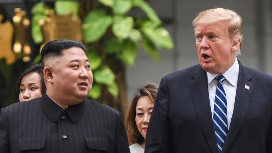 """Trump i-a trimis lui Kim Jong Un """"o scrisoare excelentă"""""""