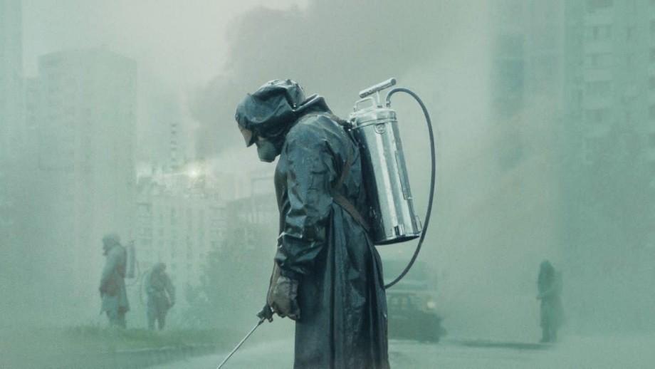 """(video) Creatorul serialului """"Cernobîl"""" a publicat lista de cărți și filme din care s-a documentat"""