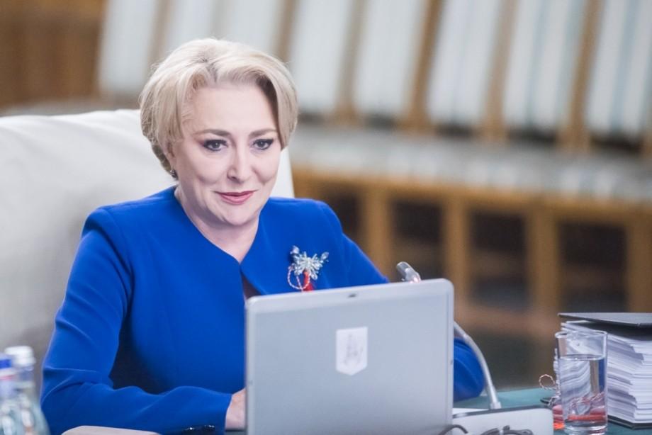 Viorica Dăncilă a felicitat-o pe Maia Sandu și a invitat-o la București