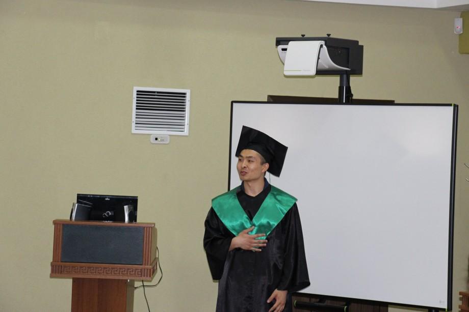 (foto) După un masterat la USM, un absolvent chinez vorbește la perfecție limba română și se mândrește cu Facultatea de Litere
