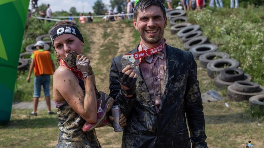 """În ce să te îmbraci la cursa de alergare în noroi """"Glodiator Mud Race 2019"""""""