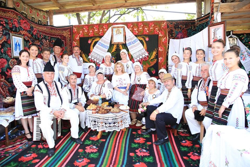 festivalul familiei si traditiilor populare