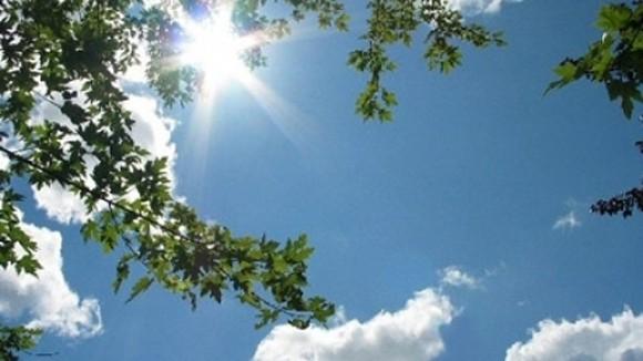 Ne bucurăm de ultimele zile cu soare. Cum va fi vremea astăzi