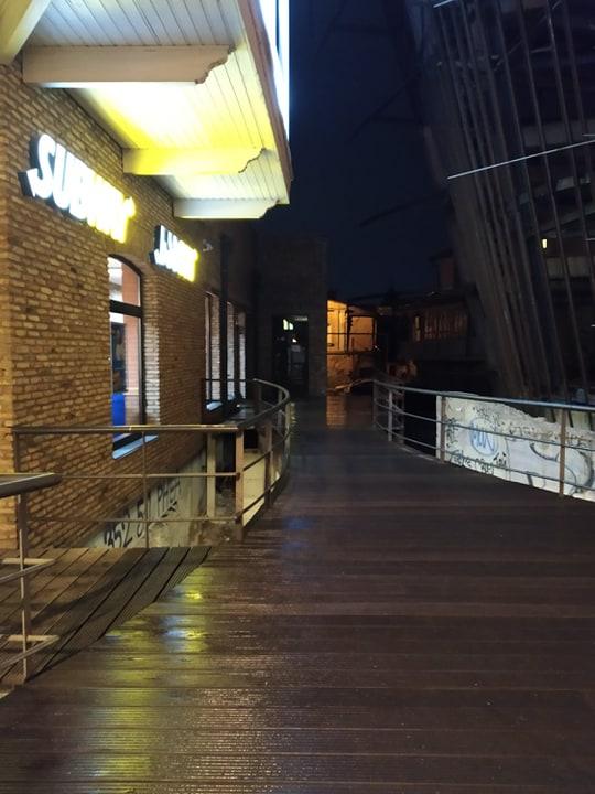 "Localul ""Subway"" aflat în imediata apropiere a barului ""Warszawa"""