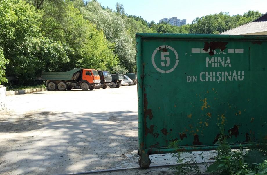 Sectorul Rîșcani, încă în pericol. Lucrările de evacuare a apei din Mina din Chișinău ar urma să înceapă în curând