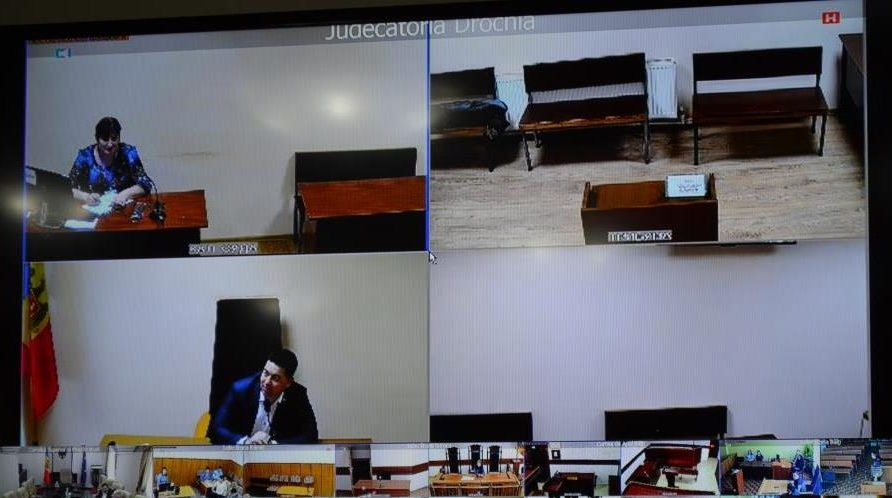 Prima ședință de judecată video în Moldova. În care instanță s-a organizat teleconferința cu penitenciarul