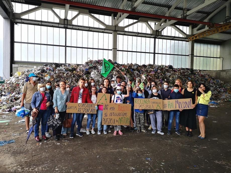 Școala care adună cele mai mai multe deșeuri electronice în cadrul campaniei Hai Moldova va primi o cișmea de apă potabilă