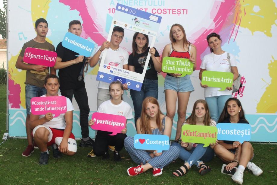 (foto) De la muzică până la filme. Cum s-a desfășurat Ziua Internațională a Tineretului, sărbătorită la Costești