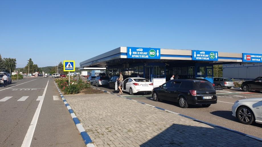 Te grăbești în vacanță? Vezi care sunt cele mai tranzitate puncte de frontieră din Moldova