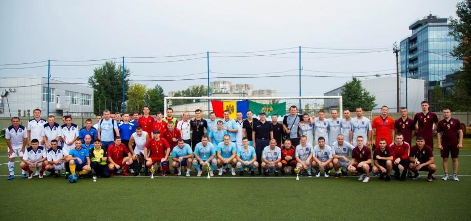 (foto) Echipa Poliția de Frontieră a Aeroportului Internațional Chișinău a devenit campioană națională la minifotbal