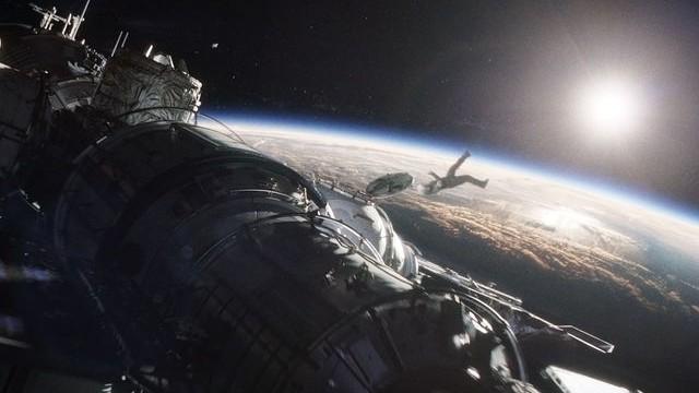 NASA anchetează prima infracțiune în spațiu. O astronaută este acuzată că a accesat contul bancar al fostului soț