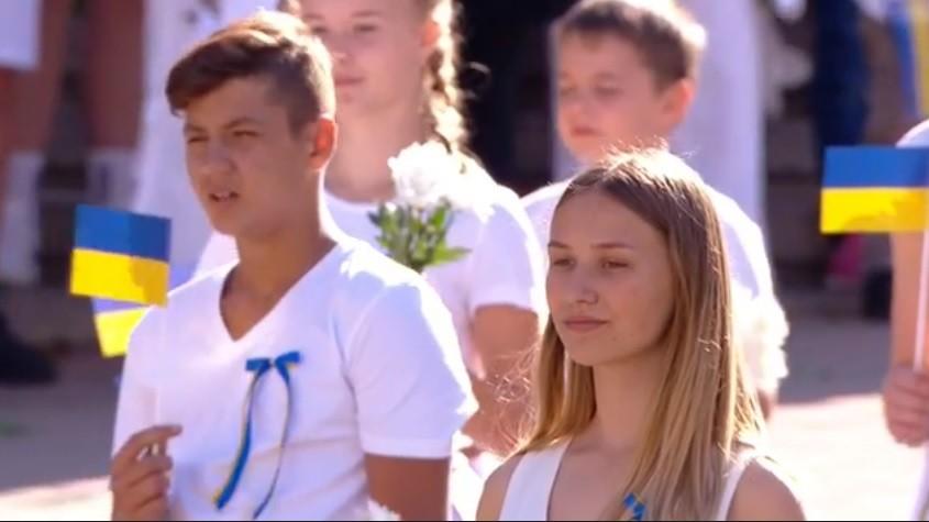 (video) Ziua Independenței Ucrainei. Kievul a renunțat la parade militare, iar în piață au defilat artiști