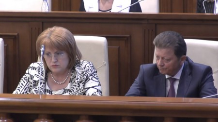 """Reacția ministrei Gavriliță la protestele anunțate de localuri: """"Înțeleg nemulțumirea"""""""