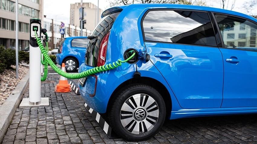 (hartă) Unde în Moldova sunt instalate cele 21 de încărcătoare pentru automobilele electrice