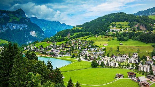 Ești captivat de cultura altor popoare? Participă la un schimb intercultural în Elveția
