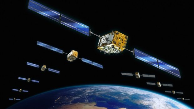 Un startup american vrea să creeze telefonie mobilă gratuită, folosind relee GSM amplasate pe orbita Pământului