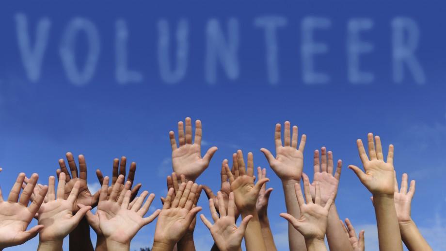 """Participă la proiectul """"Stand Up 4 Volunteering"""" și află totul despre coordonarea voluntarilor"""
