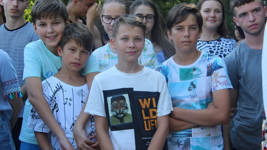 """""""Copiii de pe ambele maluri ale Prutului pot face schimb de idei și viziuni"""". 100 de elevi din România se odihnesc la Tabăra """"Luceafărul"""""""