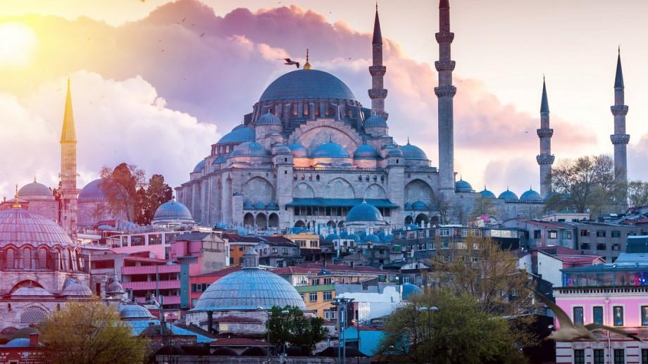 Se caută trei tineri din Moldova pentru a petrece gratuit câteva zile în Istanbul, în cadrul proiectului Erasmus+