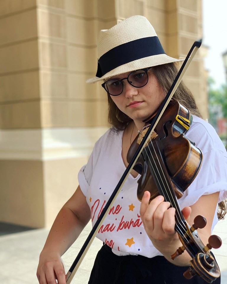 lia si vioara