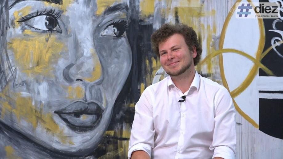 (video) Dan Perciun vorbește #FărăTolk. Despre concertele rock, la ce oră se trezește un deputat și amintirile din copilărie